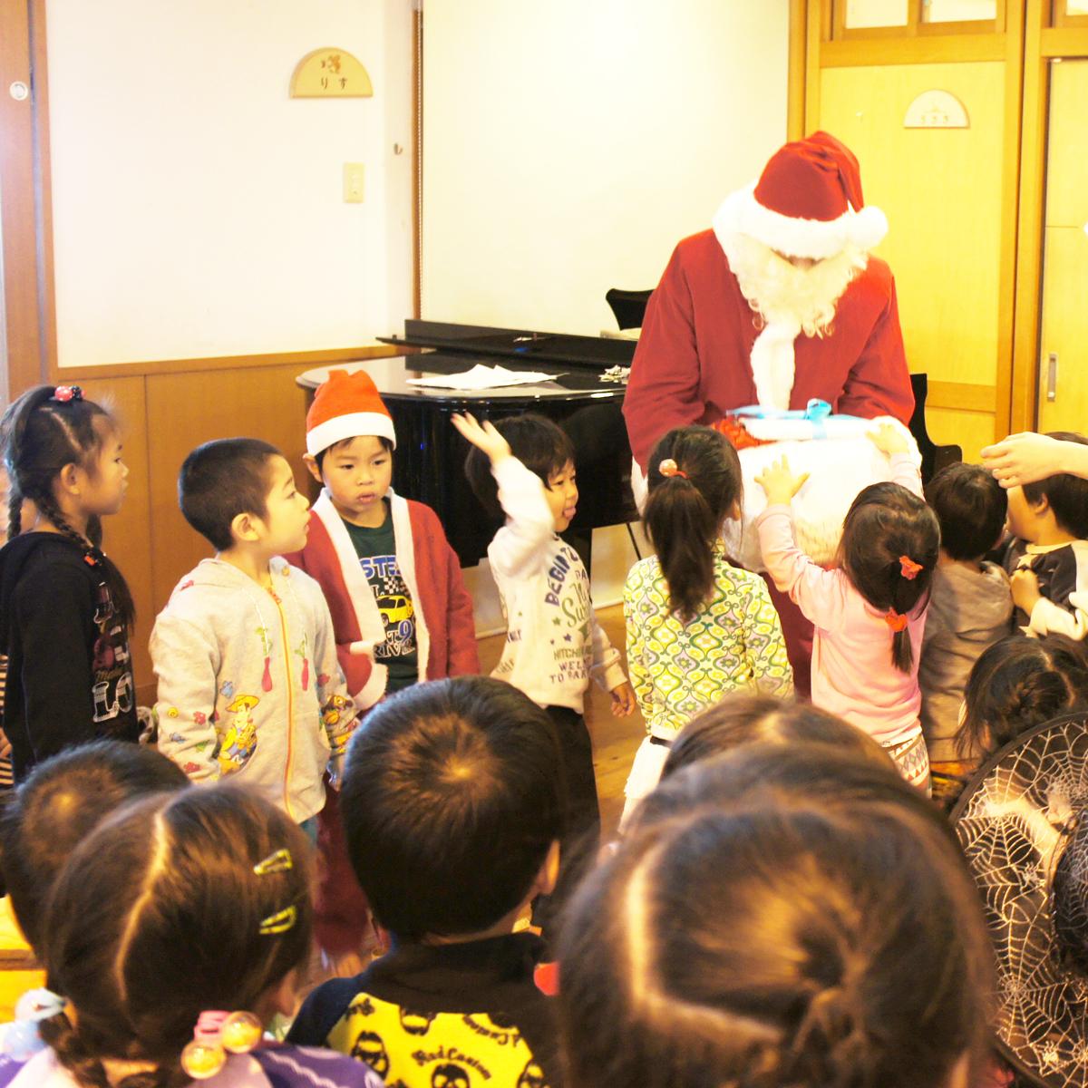 あかね保育園の年間のイベントと行事のクリスマス会の画像