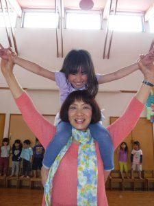 所沢市にある、あかね保育園で行われた4月生まれの誕生会の画像